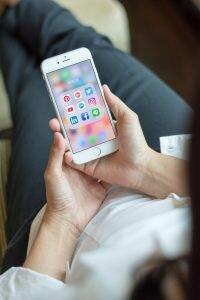 Experto en comunidades digitales y redes sociales
