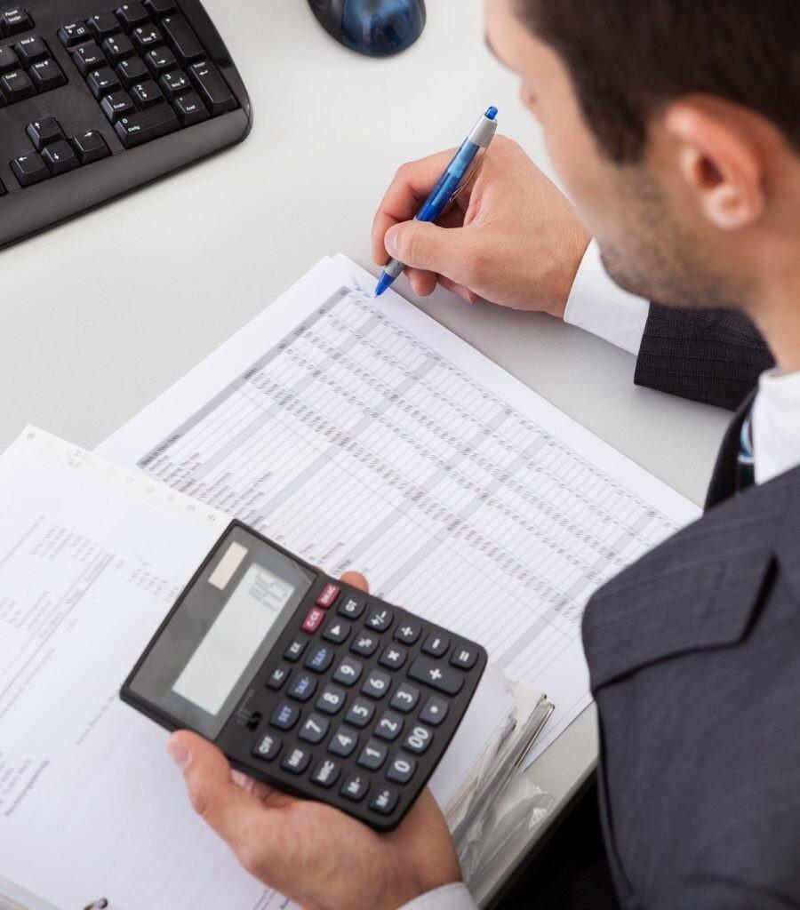 Experto en tributación e impuesto
